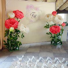 GRAND PEON Дизайнерские цветыさんはInstagramを利用しています:「Всё готово к встрече молодоженов! Подробности и новые фото - позже, следите за обновлениями :)」