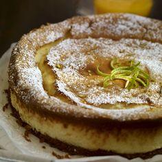 ¿Te apetece un postre fácil y con queso? Lo tenemos: tarta cremosa de queso horneada.