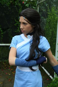 katara costume! I may one day just walk into class wearing this- OOH. Gym class. Yup.