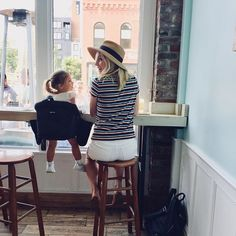 Candice King with her daughter Florence May King and husband Joe King on September 2018 in Portland, Maine. Vampire Diaries Funny, Vampire Diaries The Originals, Kayla Ewell, Candice King, Cw Series, Candice Accola, Caroline Forbes, Claire Holt, Daughter