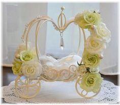 ホワイトグリーン Orchids, Wedding Gifts, Dream Wedding, Wedding Photography, Ceiling Lights, Home Decor, Gifts, Wedding Shot, Homemade Home Decor