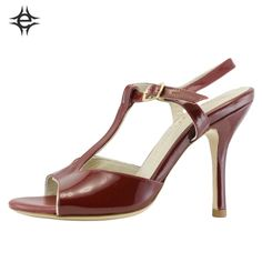 TANGO SHOES FOR WOMEN in red patent leather. Exclusive memory foam insole for an unbeatable comfort.