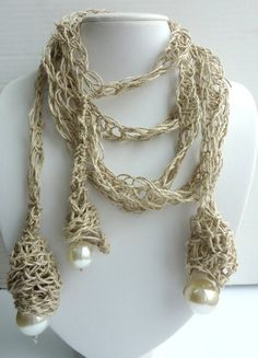 Uno di una collana di lino gentile Crochet con di BalticAmberLove