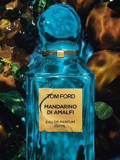 Divine Blue Eau de Parfum by R&R
