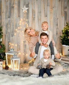 Great idea for Christmas minis photo session styling.