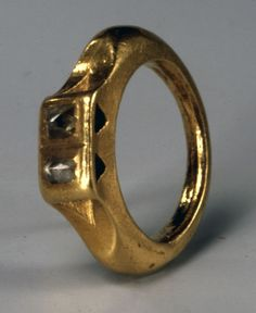 A History of Diamond Cutting: Roman Ring Featuring Two Diamond Crystals. Copyright- Trustees of the British Museum.