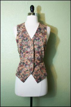 Vintage '90s Grunge Soft Pastel Foral Vest// L