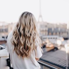You might have heard the old expression about your hair being the crowning glory of your appearance. Either way, if you are looking for tips on how to style wavy hair, it is because yo… Messy Hairstyles, Pretty Hairstyles, Hairstyle Ideas, Wedding Hairstyles, Casual Hairstyles, Updo Hairstyle, Wedding Updo, Vintage Hairstyles, Wavy Hair
