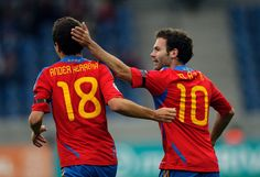 """David Lopez (former teammate): """"Ander Herrera will have Juan Mata as a teammate and I am sure that, together, they will destroy more than one defence. Manchester United Transfer News, Manchester United Players, Real Madrid, Spain National Football Team, World Cup Qualifiers, Sir Alex Ferguson, Star Wars, Old Trafford, Soccer Players"""
