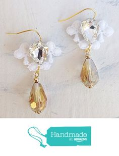 White Lace with Rhinestone Crystals and Dangling Champagne Crystals Gold Plated Earrings #earrings #wedding #bridal #bridesmaid #lace #lace_earrings #bridal_earrings