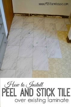 Transform a bathroom floor on a budget with peel and stick vinyl tile with a high end carerra marble look #farmhousebathroom #peelandsticktile #diyhome