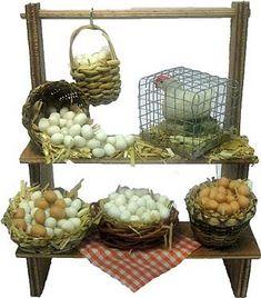 827-Puesto con huevos 14-17 cm Miniature Kitchen, Miniature Crafts, Diy Dollhouse, Dollhouse Miniatures, Dolls House Shop, Fairy Village, Christmas Nativity Scene, Mini Farm, Doll Food