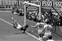 Gordon Banks' save against Pele in the 1970 World Cup England v. Pure Football, British Football, English Football League, World Football, School Football, England National Football Team, England Football, National Football Teams, Hull City