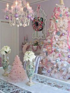 A Whole Bunch of Christmas Chandelier DecoratingIdeas - Christmas Decorating -