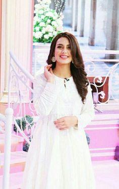 "Hot Pakistani Actresses 🇵🇰, [Apr 2020 at AM] Cute Tiny Bitch ""Hina Altaf"" Queen of My Dick Simple Pakistani Dresses, Pakistani Girl, Pakistani Bridal Dresses, Pakistani Actress, Pakistani Outfits, Cat Dresses, Casual Dresses, Fashion Dresses, Beautiful White Dresses"