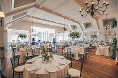 Photographer: Richard Bell Photography | Planning + Design: WED | Venue: River Course | Rentals: Snyder