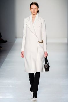 Victoria Beckham Fall 2014 RTW - Runway Photos - Fashion Week - Runway, Fashion Shows and Collections - Vogue