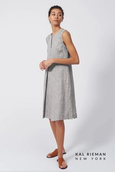 Our Pleat Front Zip Spring Dress, made in our washed European linen, is a fresh take for the sunny days ahead. This linen dress pairs well with any neutral sandal or your favorite sneaker. From a casual spring dress to a Saturday out with the girls, this 100% linen casual dress is lightweight and breathable, perfect for spring style 2021. Shop more summer dresses from KAL RIEMAN now! Business Casual Outfits For Women, Casual Work Outfits, Professional Outfits, Spring Dresses Casual, Dresses For Work, Summer Dresses, Fashion For Women Over 40, Fashion Seasons, Outfit Summer