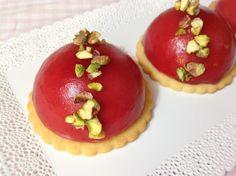 VÍKENDOVÉ PEČENÍ: Malinové mini dortíky Mousse Cake, Mini Cakes, Cheesecake, Cupcakes, Pudding, Desserts, Anna, Food, Tailgate Desserts