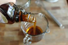 measure-third-cup-maple-syrup