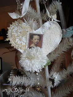 DIY paper craft & fabric Christmas tree ornament.  Shabby chic & vintage inspired  holiday decorations.