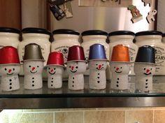 Schneemänner mit Korken und Nespresso Kapseln