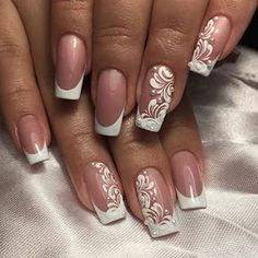 Super Wedding Nails French Design Tips Ideas weddingnailsdesign French Nail Designs, Nail Art Designs, Fancy Nails, Pretty Nails, Gold Nails, Nail Manicure, Diy Nails, Nail Polish, Nagellack Design