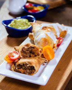 Mexican Food Recipes, Beef Recipes, Ethnic Recipes, Tapas, Blue Jean Chef, Beef Empanadas, Air Fryer Recipes, Relleno, Food Print