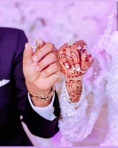 Fantastic Wedding Advice You Will Want To Share 4k Photography, Wedding Couple Poses Photography, Indian Wedding Photography, Wedding Poses, Wedding Photoshoot, Wedding Couples, Wedding Dresses, Wedding Ceremony, Photography Hashtags