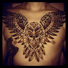 Afbeelding van http://intattoos.com/wp-content/uploads/2014/02/Owl-Tattoo-On-Chest-with-Polynesian-Style-for-Men.jpg.