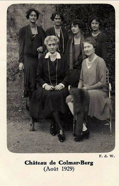 Dowager Grand Duchess Maria Anne with five of her daughters