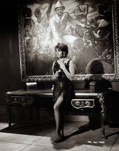 Sophia Loren - The Millionairess Sophia Loren, Loren Sofia, Old Hollywood Actresses, Classic Actresses, Italian Women, Italian Beauty, Vintage Glamour, Vintage Beauty, Celebrities In Stockings