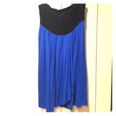 Strapless black & blue Forever 21 dress. Size: M. Strapless black and blue Forever 21 dress. Size: M. Forever 21 Dresses Strapless
