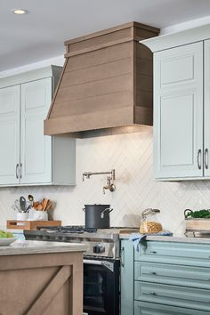 Ideas on - staining honey oak cabinets lighter. Ideas on - staining honey oak cabinets lighter. Ideas on - staining honey oak cabinets lighter. Ideas on - staining honey oak cabinets lighter. Kitchen Pantry Cabinets, Kitchen Hoods, New Kitchen, Kitchen Decor, Funny Kitchen, Kitchen Ideas, Shiplap In Kitchen, Kitchen Rustic, Modern Farmhouse Kitchens
