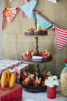 Adorable Vintage County Fair Birthday Party Inspiration and Photos! Love the veg in the cupcake cases, popcorn and bunting. Country Birthday, Farm Birthday, Carnival Birthday, First Birthday Parties, Birthday Ideas, Kid Parties, Vintage Birthday, Dinosaur Birthday, Birthday Images