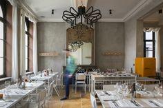 Yellow restaurant interior, opening night! © Kristof Vrancken