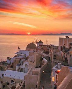 Santorini island (Σαντορίνη) One and only ... ❤
