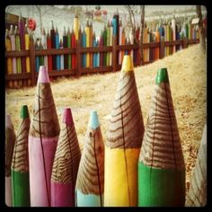 I want a ginormous colored pencil fence!!!