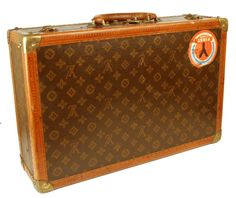 Bildergebnis für louis vuitton old bags Louis Vuitton Trunk, Vintage Louis Vuitton, Louis Vuitton Briefcase, Real Style, My Style, Urban Bags, Of Brand, Leather Bag, Purses And Bags