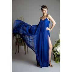 Rochie lunga cu spatele gol din matase cu cupe si cu snur de reglare pe spate. O rochie eleganta, fluida sexy cu deschideri pe ambele picioare. Se poate face din mai multe culori. La cerere se poate face si un turban din matase. Mai, Turban, Formal Dresses, Sexy, Fashion, Dresses For Formal, Moda, Formal Gowns, Fashion Styles