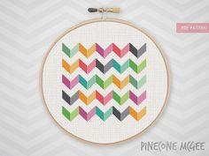 BRIGHT CHEVRON counted cross stitch pattern par PineconeMcGee