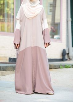 Feel pretty in our lovely Hasna Abaya. Made with soft, lightweight Nida, the Hasna Abaya will keep you cool and chic in even the warmest weather. Mode Abaya, Mode Hijab, Simple Dresses, Nice Dresses, Casual Dresses, Niqab Fashion, Fashion Dresses, Model Baju Hijab, Muslim Women Fashion