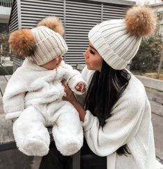 Cute Little Baby, Cute Baby Girl, Little Babies, Cute Babies, Mother And Baby, Mom And Baby, Baby Outfits, Foto Baby, Cute Baby Pictures
