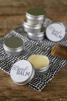 DIY Beard Balm selbermachen: Unsere Anleitung für pflegenden Bart Balsam - super als kleine DIY Geschenkidee für Männer oder Gastgeschenk mit Label Freebie
