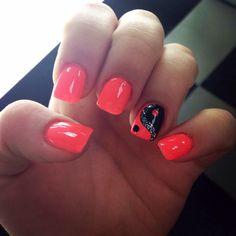 Bright pink should be purple & BOOM! Ying yang love! #balance #peace #nail