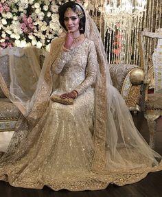 Najlepsze Obrazy Na Tablicy śluby Hinduskie Sukniedekoracje