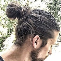 Cool Man Bun with Thick Wrap