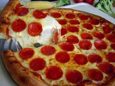 Enjoy #SpecialityPizza with a unique blend of quality #Ingredients and #Sauces @Palermosof63rd!