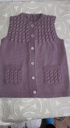 Mountain goat vest pattern - knitted baby clothes # baby # mountain goat vest # clothes # model # you sie Baby Kleidung Baby Cardigan, Knit Baby Dress, Knitted Baby Clothes, Baby Knitting Patterns, Knitting Stitches, Knitting Designs, Pullover Design, Sweater Design, Crochet Baby