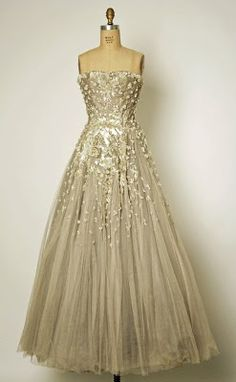 Vintage Dior - I'd never be able to afford this nor would I ever have an occasion to wear it but this just screams me